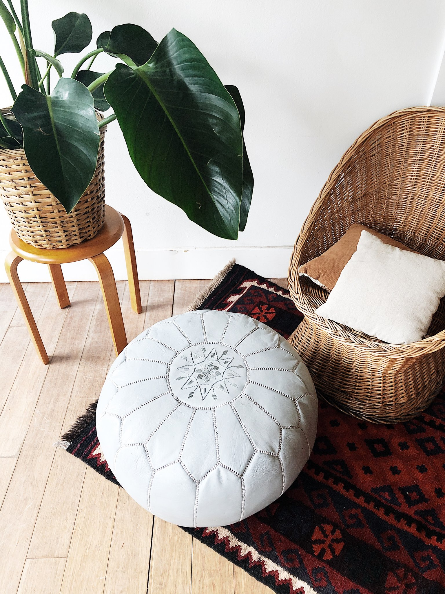 Moroccan Poufs: Add Colourful Cushions to your Home